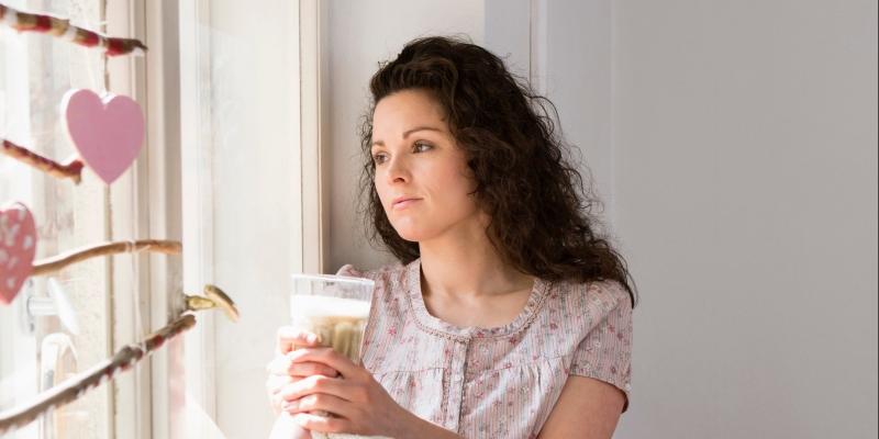 sad-single-woman